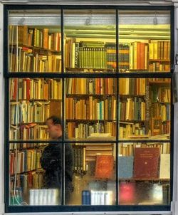 bookstore-photo